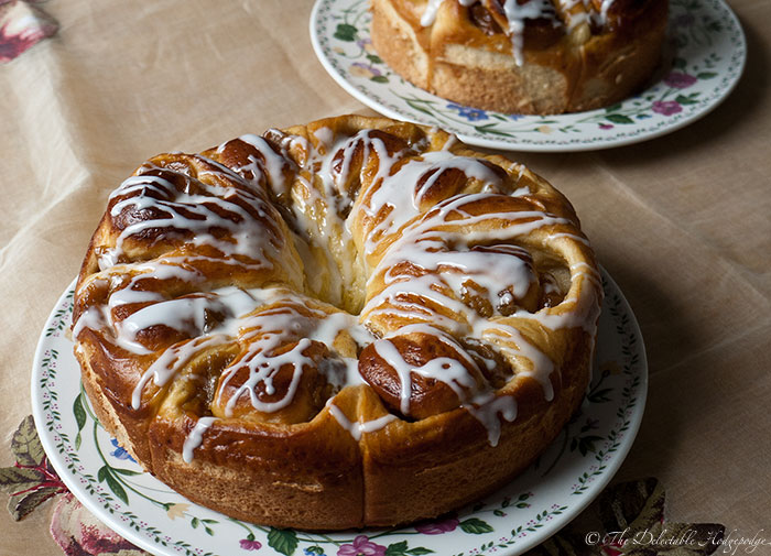 Apple Bread Ring